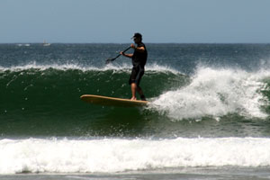 Stand up paddle surfing (SUP) in Tamarindo.