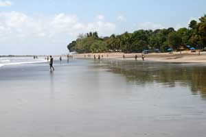 The beach of Esterillos Oeste.