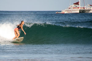A nice clean left wave during a morning session.