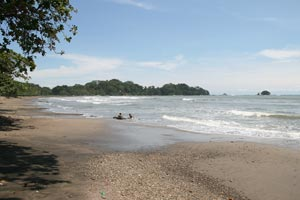 Overview of of Playa Dominicalito.