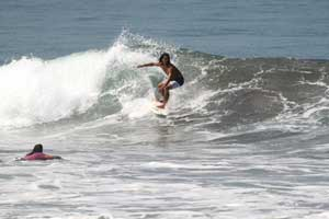 This is how surfing conditions in Jaco can look like during May.